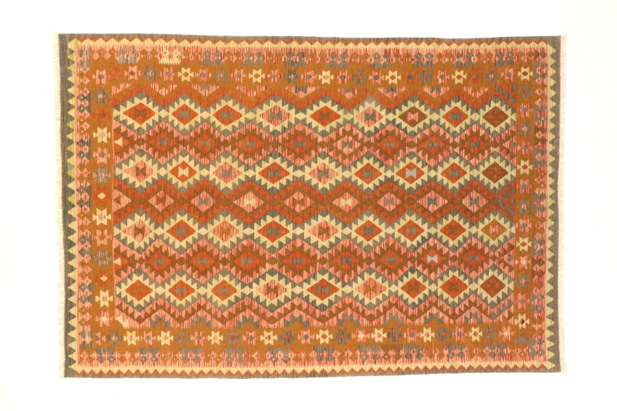 Modern Maimana